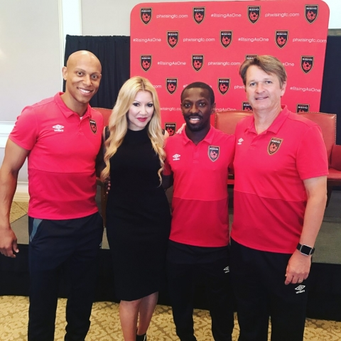 Carey Pena hosts Phoenix Rising Town Hall at the Paradise Valley Country Club