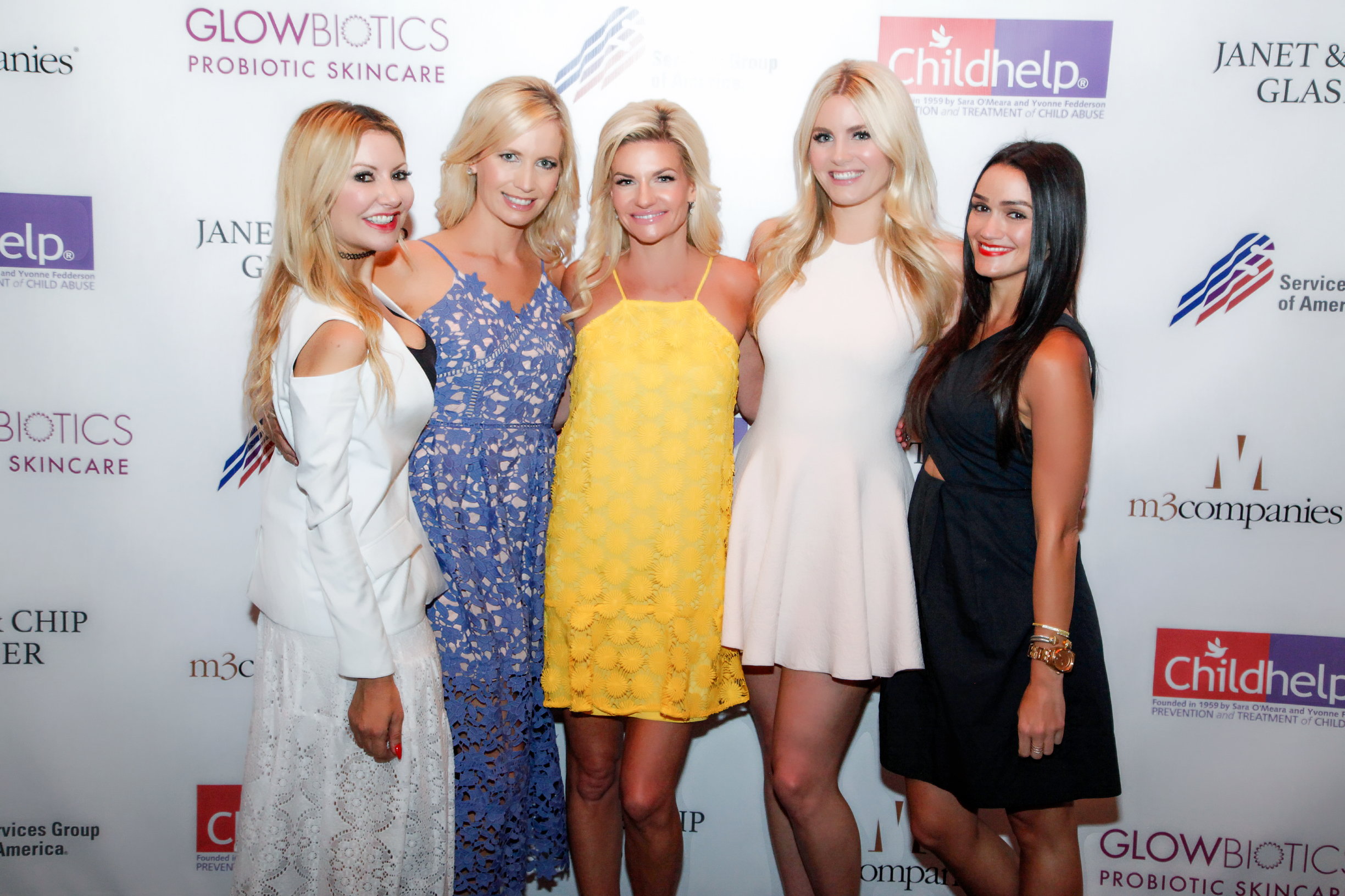Carey Pena, Suzanne Bissett and The Bubbly Blonde at Childhelp Wings event